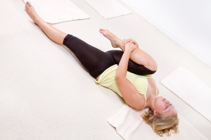 yoga pose knee to chest  yogaclassplan